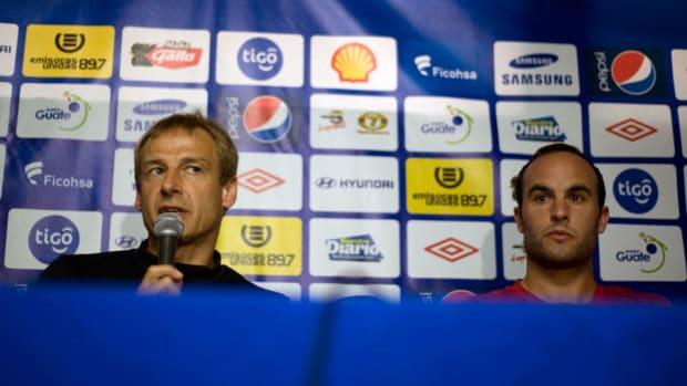 landon-donovan-jurgen-klinsmann-usmnt-guatemala-world-cup-qualifier.jpg