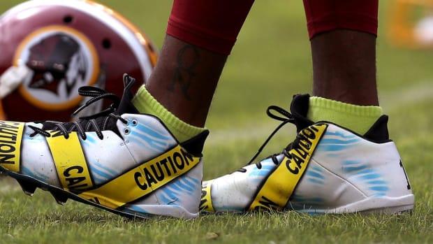 DeSean Jackson wears caution tape cleats in pregame warmups - IMAGE