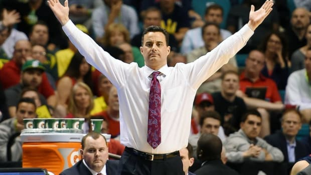 Winning by losing: Arizona coach Sean Miller finds success in lifestyle changes, eating habits