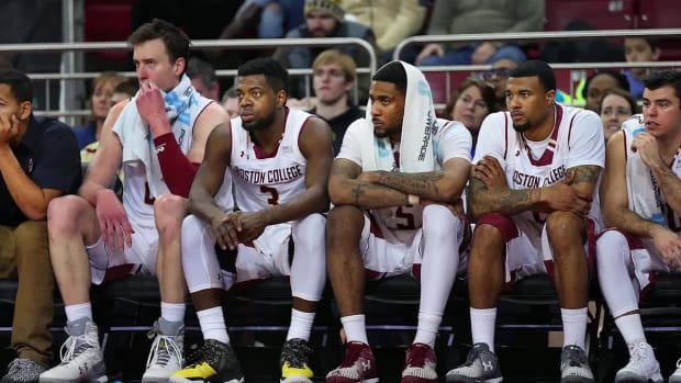 Boston College players emotional after first 0–19 season in ACC history--IMAGE