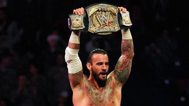 CM Punk to make UFC debut against Mickey Gall in UFC 203 - IMAGE