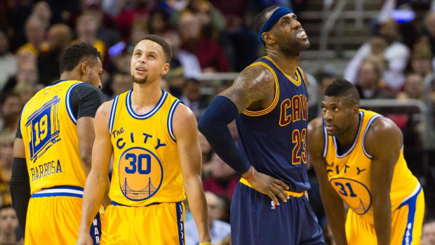 Warriors rout Cavaliers 132-98, worst home loss of Lebron James' career - IMAGE