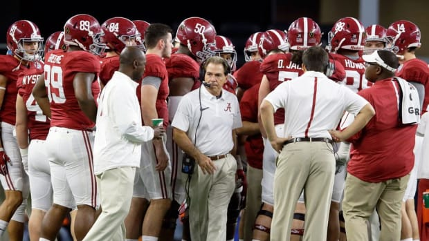 Meeting of the minds: Why Nick Saban called Tom Herman, and why it could help Alabama win a title