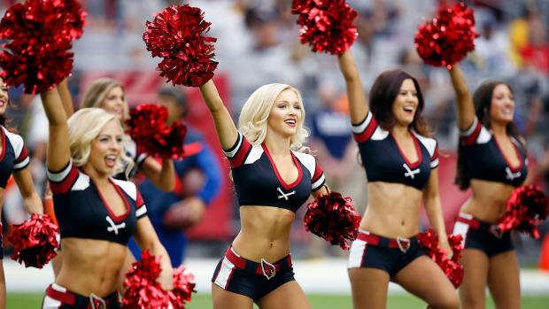 Arizona-Cardinals-cheerleaders-AP_380164848176.jpg