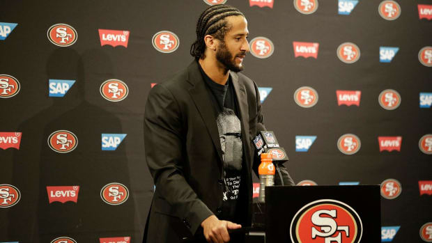 Colin Kaepernick says he isn't voting in the election - IMAGE