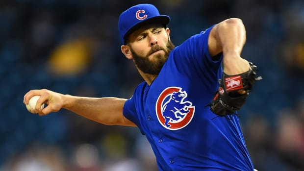 Cubs' Jake Arrieta hints he's worth more than Strasburg -- IMAGE