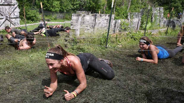 Friday-Night-Lights-for-Spartan-Race-Minka-Kelly-Aimee-Teegarden-539531822_master.jpg