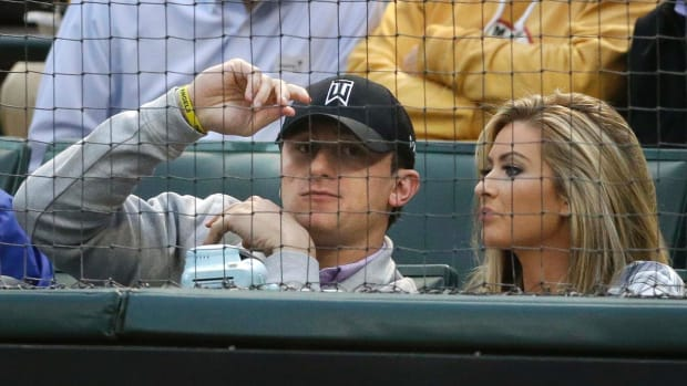 Report: Manziel's ex-girlfriend fear for her life - IMAGE
