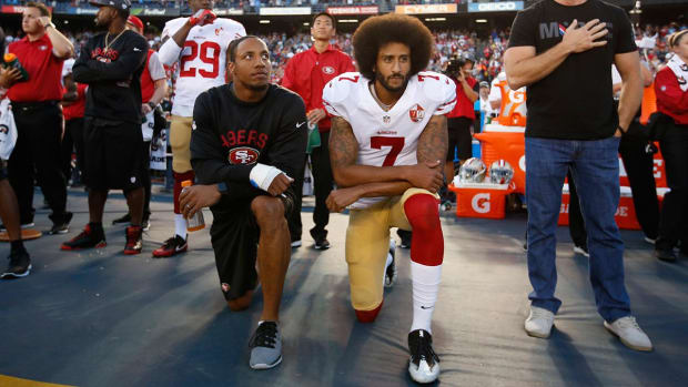 Colin Kaepernick addresses Muslim rumors -- IMAGE
