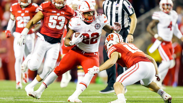 devine-ozigbo-nebraska-wisconsin-college-football-bowl-projections-playoff-predictions.jpg