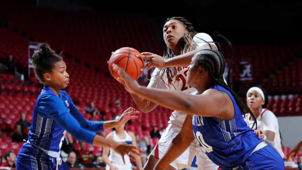 Alabama women's basketball Ariyah Copeland