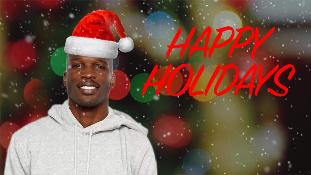 Chad Johnson is playing Santa Claus this Christmas - IMAGE