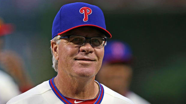 Phillies sign manager Pete Mackanin to new two-year deal -- IMAGE