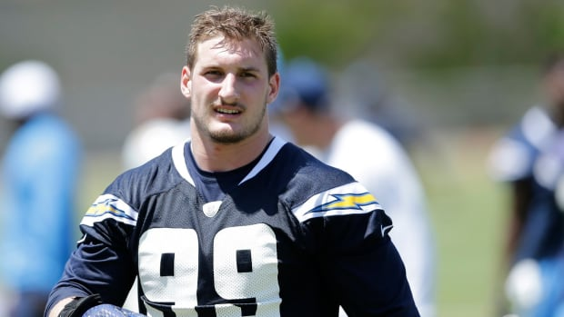 san-diego-chargers-joey-bosa-mother.jpg