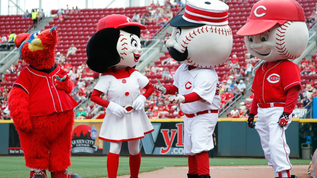 Cincinnati-Reds-mascots-Gapper-Rosie-Red-Mr-Redlegs-Mr-Red.jpg