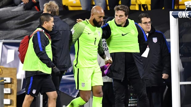 tim-howard-us-soccer-injury.jpg