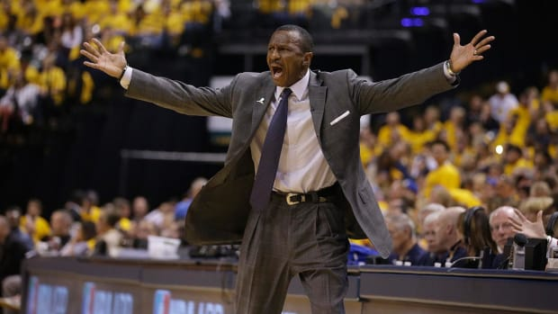 Report: Raptors, Dwane Casey agree to 3-year extension -- IMAGE