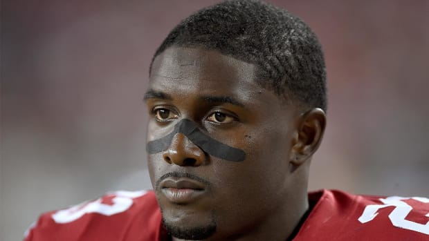 Report: Bills make offer to Reggie Bush with Karlos Williams suspended - IMAGE