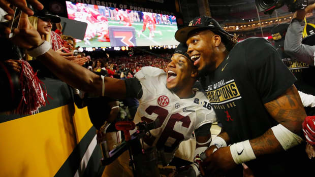 CFP National Championship: Alabama players celebrate their win IMAGE