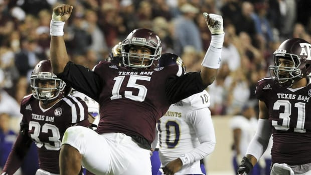 #DearAndy: How does Myles Garrett look? -- IMAGE