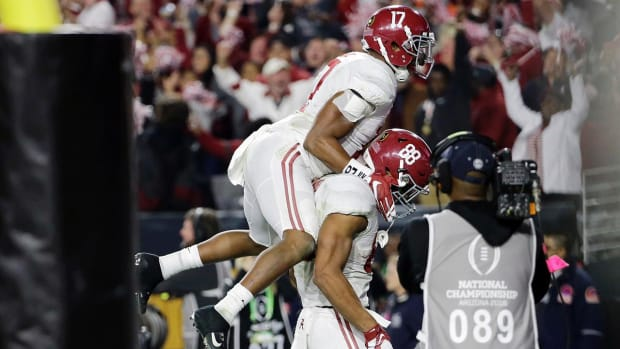 Alabama defeats Clemson to win national championship--IMAGE