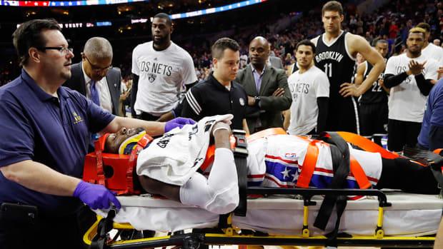 robert-covington-philadelphia-76ers-stretcher-injury-video.jpg