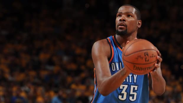 Report: Kevin Durant not expected to meet with Wizards, Lakers --IMAGE
