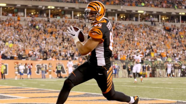 Injured Tyler Eifert has no plans of playing in Pro Bowl again -- IMAGE