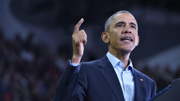 barack-obama-andre-drummond.jpg