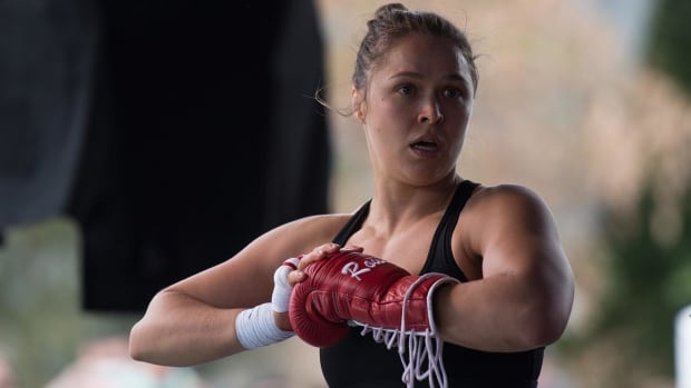 Ronda Rousey disagrees with Manny Pacquiao's stance on homosexuality -- IMAGE