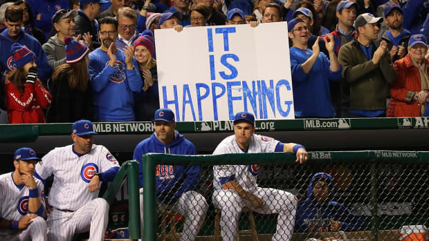 Cubs advance to World Series for first time since 1945--IMAGE