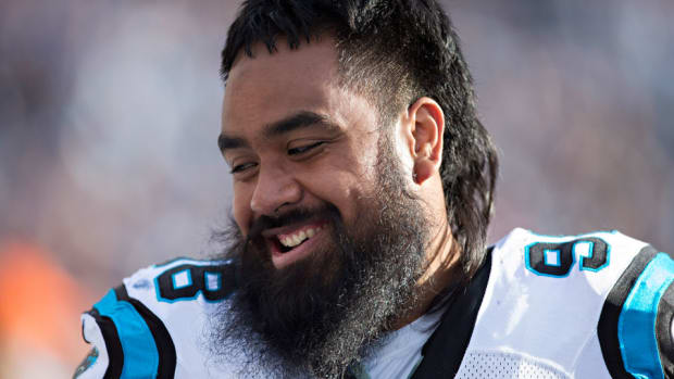 star-lotulelei-contract-panthers-fifth-year.jpg