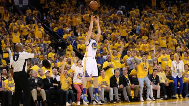 Even without Steph Curry, Warriors domination continues - IMAGE