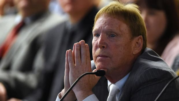 Report: Raiders owner Mark Davis 100% committed to Las Vegas move - IMAGE