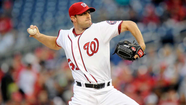 Max Scherzer strikes out 20 Tigers, ties nine-inning record IMAGE