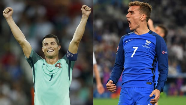 ronaldo-griezmann-portugal-france-euro-final.jpg