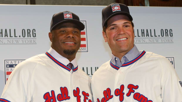 ken-griffey-jr-mike-piazza-induction-hall-of-fame.jpg