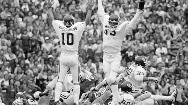 "Remembering ""The Kick"": Why the 1977 Oklahoma-Ohio State showdown remains memorable four decades later"