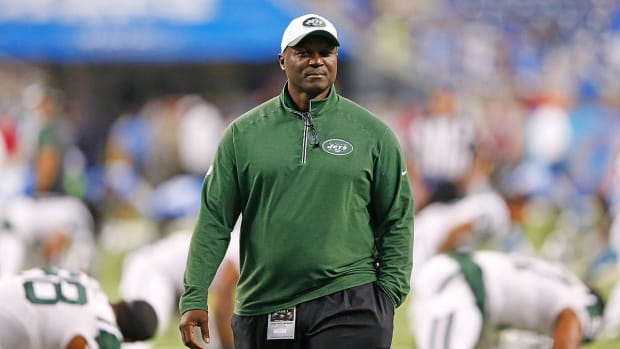 Jets coach Todd Bowles had a mass removed from throat following season -- IMAGE
