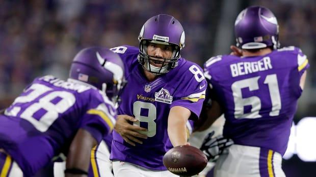 Sam Bradford shines in Vikings debut - IMAGE