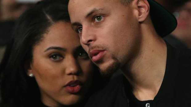 Report: Ayesha Curry's father mistaken for notorious con artist - IMAGE