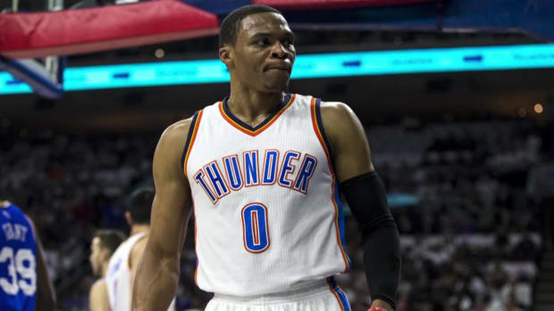 76ers fan ejected for flipping off Thunder guard Russell Westbrook - IMAGE
