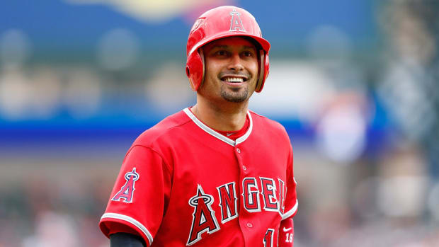 shane-victorino-cubs-contract.jpg