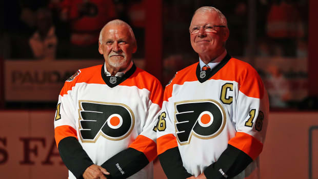 bernie-parent-bobby-clarke-flyers-nhl-1300.jpg