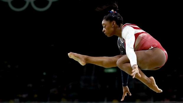 simone-biles-usa-gymnastics-rio-olympics-day-6-preview.jpg