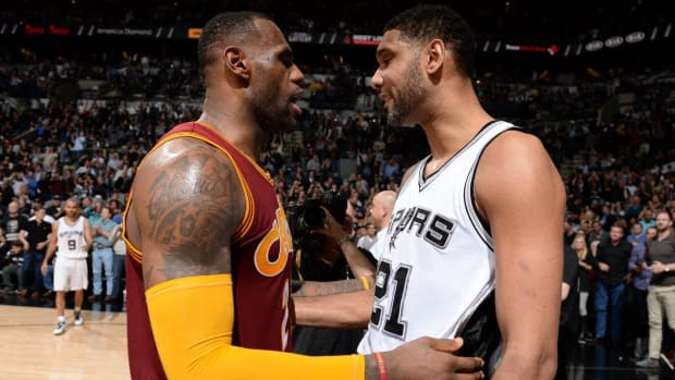 LeBron James pays tribute to Tim Duncan on Instagram -- IMAGE