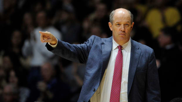 pittsburgh-panthers-hire-kevin-stallings.jpg