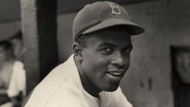 jackie-robinson-day-player-tribute.jpg