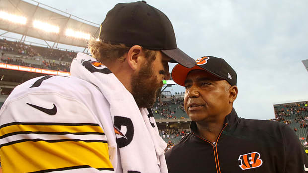 audibles-podcast-nfl-coach-jobs-wild-card-steelers-bengals-seahawks-packers.jpg