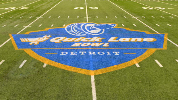 NCAA approves three-year halt to new bowl games - IMAGE